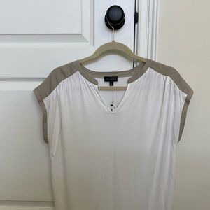 The Limited short sleeve top NWT